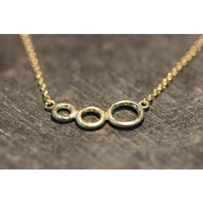 Tre ringe halskæde I 14 karat guld