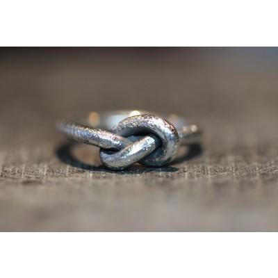 Knudering i sølv