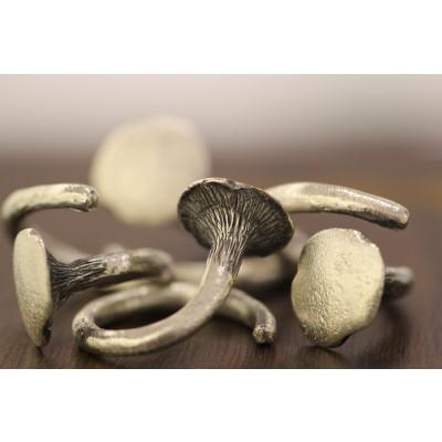 Sølv kantarel ring i rustik oxyderet sølv