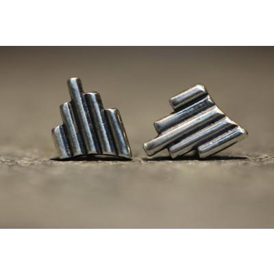 Ørestikker i sølv fra vores værksted no. 12