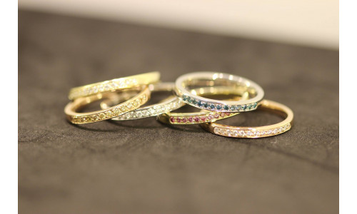 Mini Alliancering i 14 karat guld isat 8 til 21 sten stk brillanter TW.Si  (01/20)