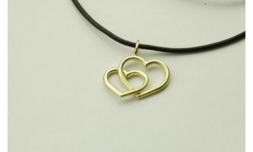 Vedhæng dobbelt hjerte i 14 karat guld