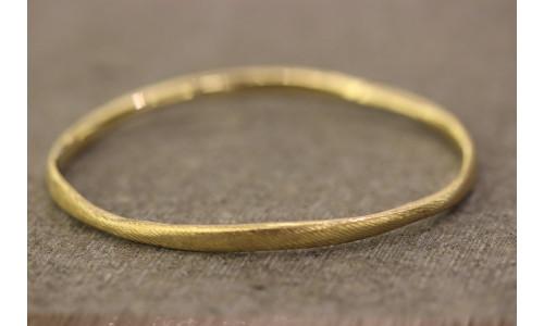 Rustik armring i 14 karat guld