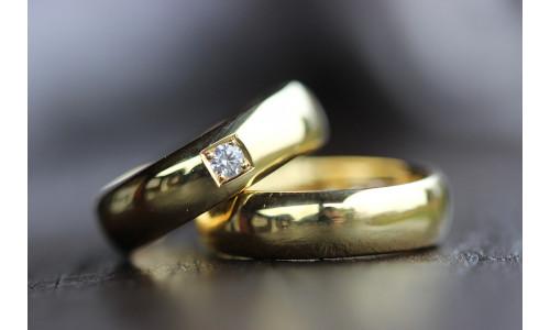 Vielsesringe MG3 / 6mm 0,10 ct TW.Si i 14 karat guld (Parpriser se billede) (10/19)