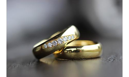 Vielsesringe MG3 / 6,0 mm 7 stk brillanter 8 karat guld (Parpriser se billede)