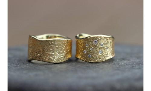 Min Vielsesring Profil 7 i 8 karat guld i 15 mm 8 sten (Parpriser se billede)